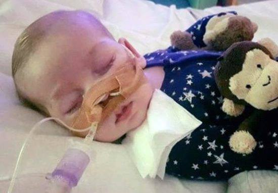 Charlie Gard Granted U.S. Citizenship To Fly To America For Treatment charlie ard 2