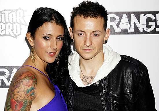 Chester Bennington Left Money To Make Sure His 6 Kids Stayed Close talinda bennington twitter hack chester web