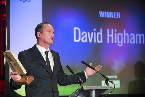 Man With Over 100 Criminal Convictions Is Now Saving Peoples Lives DavidHighamwinsanaward