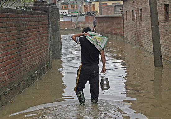 Floods In Nepal, India And Pakistan Leave 1200 Dead And Millions Homeless Floods2