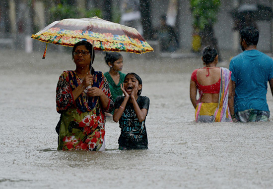 Floods In Nepal, India And Pakistan Leave 1200 Dead And Millions Homeless Floods3