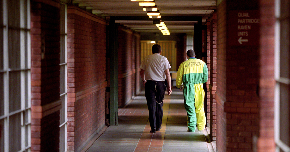 Man With Over 100 Criminal Convictions Is Now Saving Peoples Lives PRISON 1