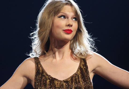 Courtroom Artist Draws Absolutely Awful Sketch Of Taylor Swift During Trial Taylor Swift A