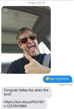 Guy Sends Graduation Pics To Wrong Number, Gets Incredible Reply