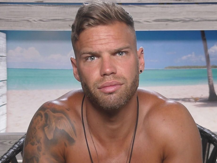 Applications For Love Island 2018 Have Officially Opened dom love island 920x690