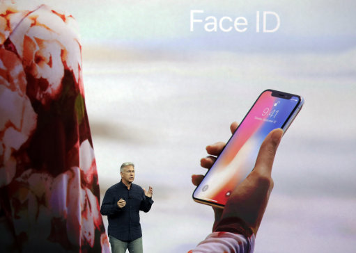 Apple Tried To Show Off A New iPhone X Feature, Backfired Spectacularly 2.32782461