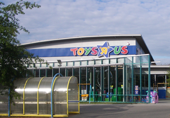 Toys R Us Is Coming Back As Bankruptcy Auction Is Cancelled