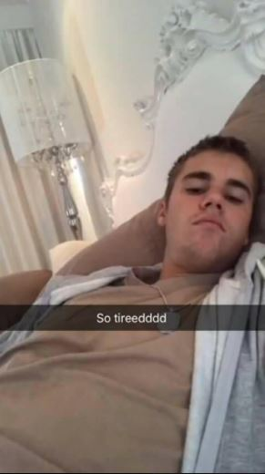 Justin Bieber Fan Leaks Weird Fetish Snapchat Conversation She Had With Him
