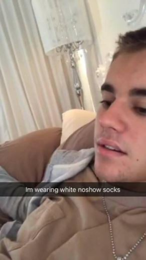 Justin Bieber Fan Leaks Weird Fetish Snapchat Conversation She Had With Him-2989