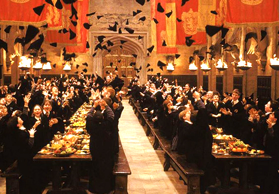 You Can Now Have Valentines Day Dinner At Hogwarts harry potter hogwarts web
