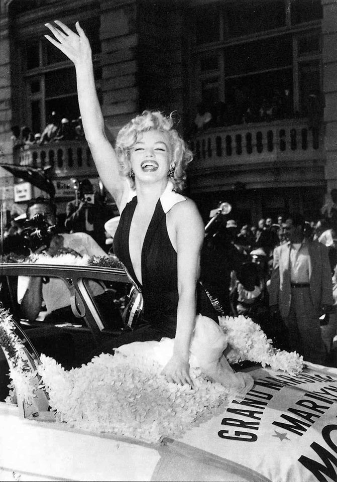 The Weird Truth Behind Marilyn Monroes Playboy Cover maz