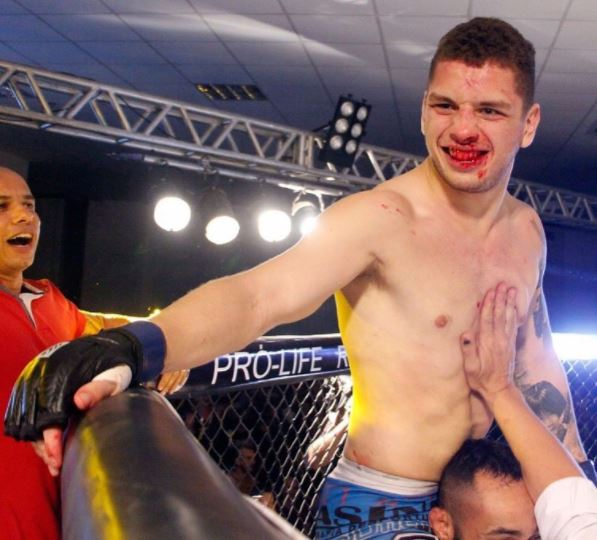 Guy Goes To MMA Event As Fan, Ends Up Winning Belt FABRI 1