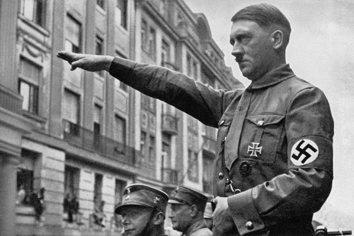 FBI Documents Claim Hitler Faked His Own Death And Fled To Argentina hitler adolf