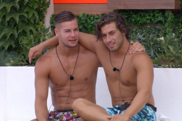Applications For Love Island 2018 Have Officially Opened kem and chris 1
