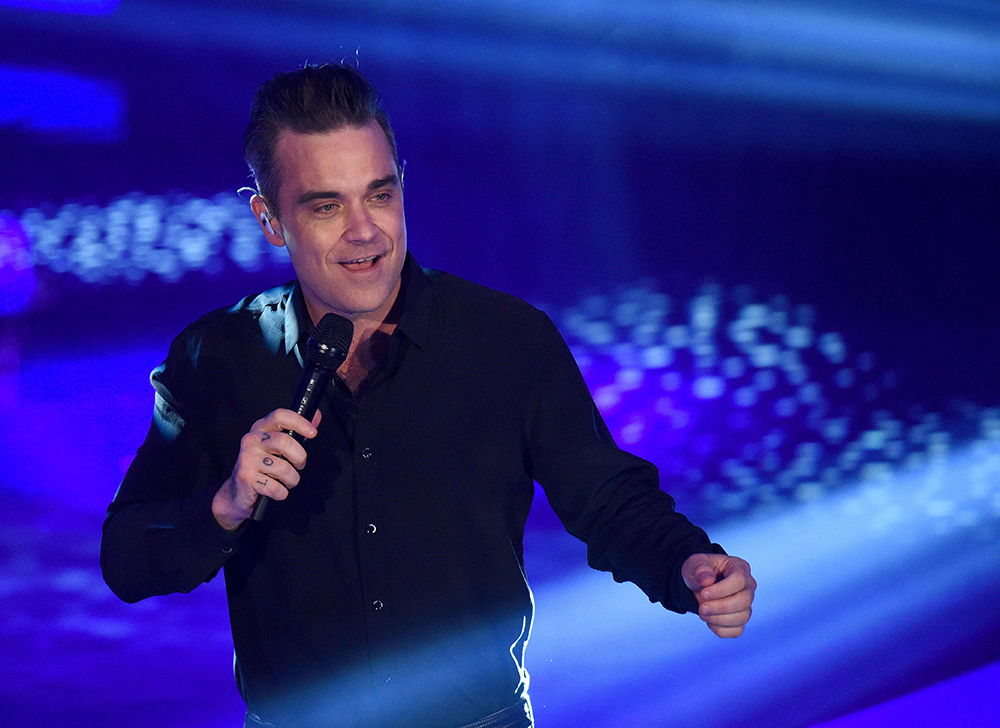Robbie Williams Was In Intensive Care After Revealing Worrying Illness robbie2