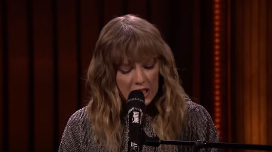 Story Behind Taylor Swifts Performance On Jimmy Fallon Will Leave You In Tears Capture r3
