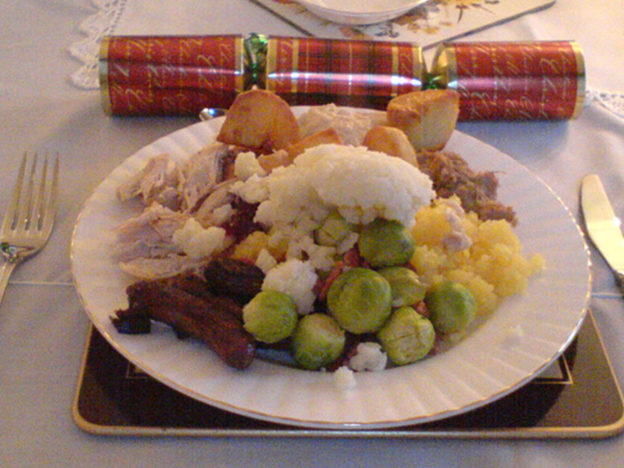 People Who Hate Sprouts Are Actually More Highly Evolved Christmas Dinner 1 624x468