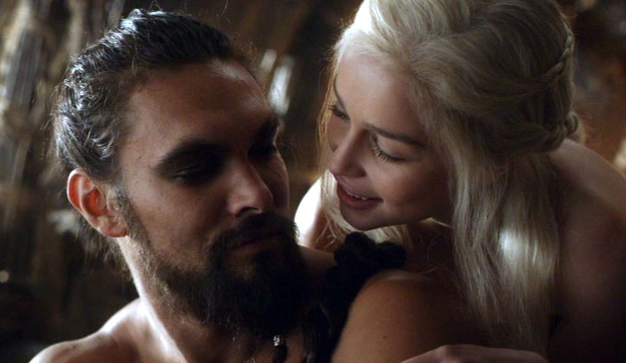 Jason Momoa And Emilia Clarke Get Drunk Together At Game Of Thrones Reunion Drogo Dany Season 1