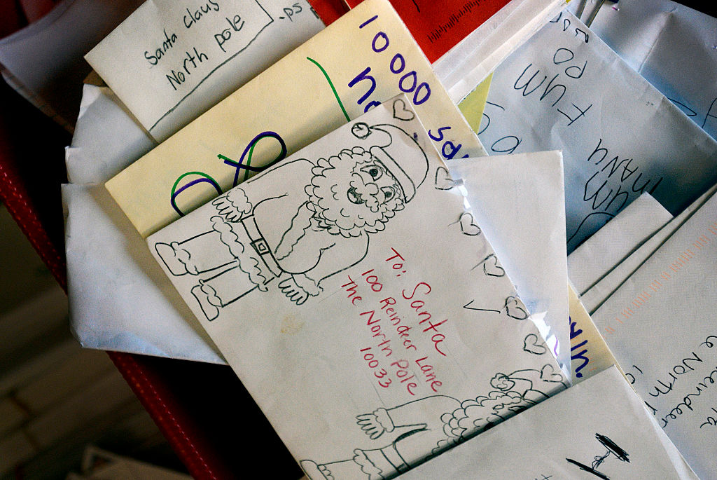 What Happens To Letters To Santa Is Actually Pretty Magical GettyImages 460802790