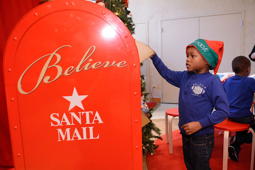 What Happens To Letters To Santa Is Actually Pretty Magical GettyImages 496174616
