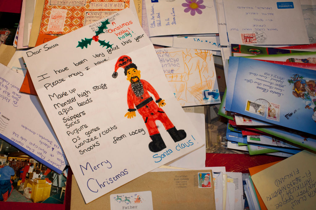 What Happens To Letters To Santa Is Actually Pretty Magical GettyImages 641419674