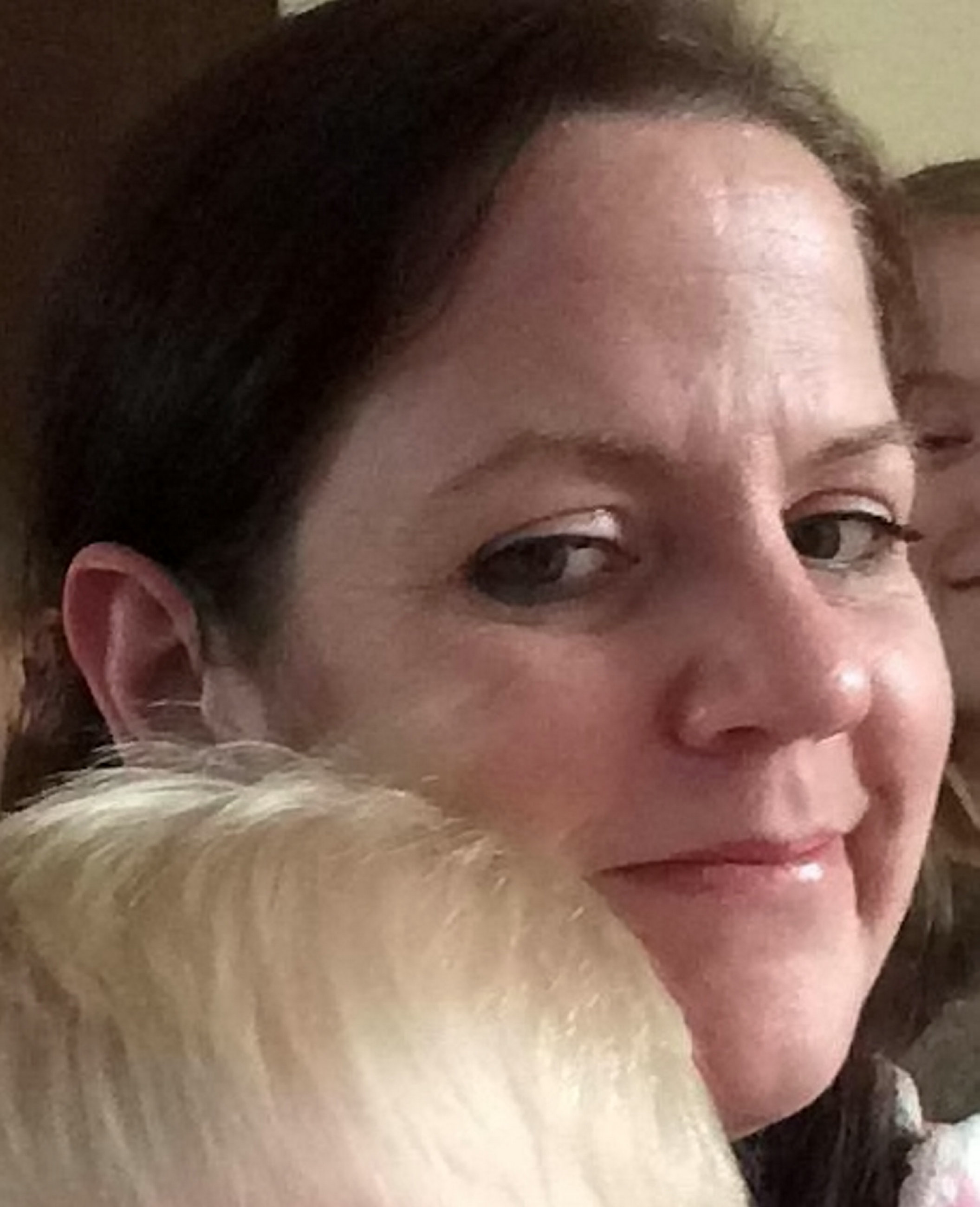 Mum Of Four Found Dead Wearing Coat And Scarf In Freezing Flat After Benefits Cut SWNS ELAINE MORRALL 03 1