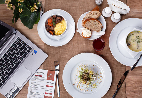 The Insane Amount Of Money You Save Taking Your Own Lunch To Work Work lunch A