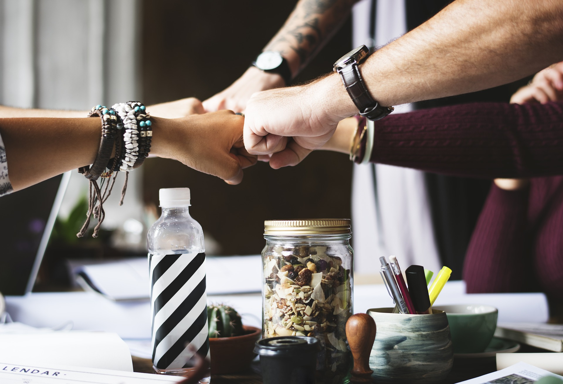 Having A Work Bestie Makes You Better At Your Job, Research Says action 2277292 1920