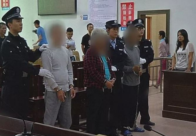 Dad Saves Son From Human Traffickers After Bumping Into Him While Shopping chen 4
