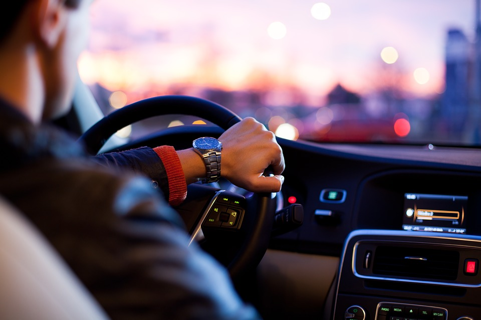 Drivers Develop Bad Habits Straight After Passing Test, According To Study driver 1149997 960 720