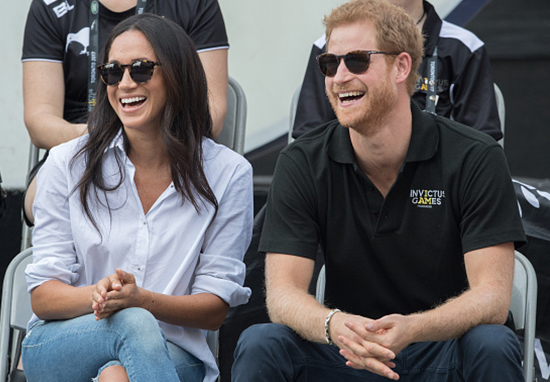 Meghan Markles Shows Off Absolutely Massive Engagement Ring harry meghan web