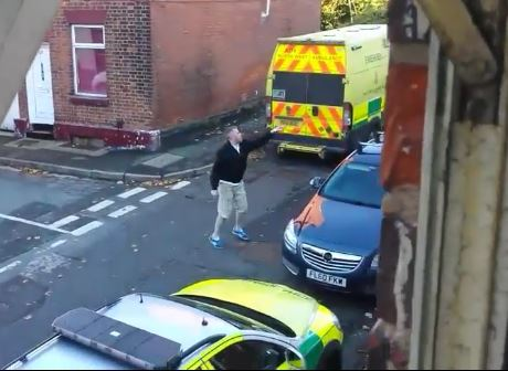 Man Abuses Paramedic For Ambulance Parking Spot While Trying To Save Life man abuse