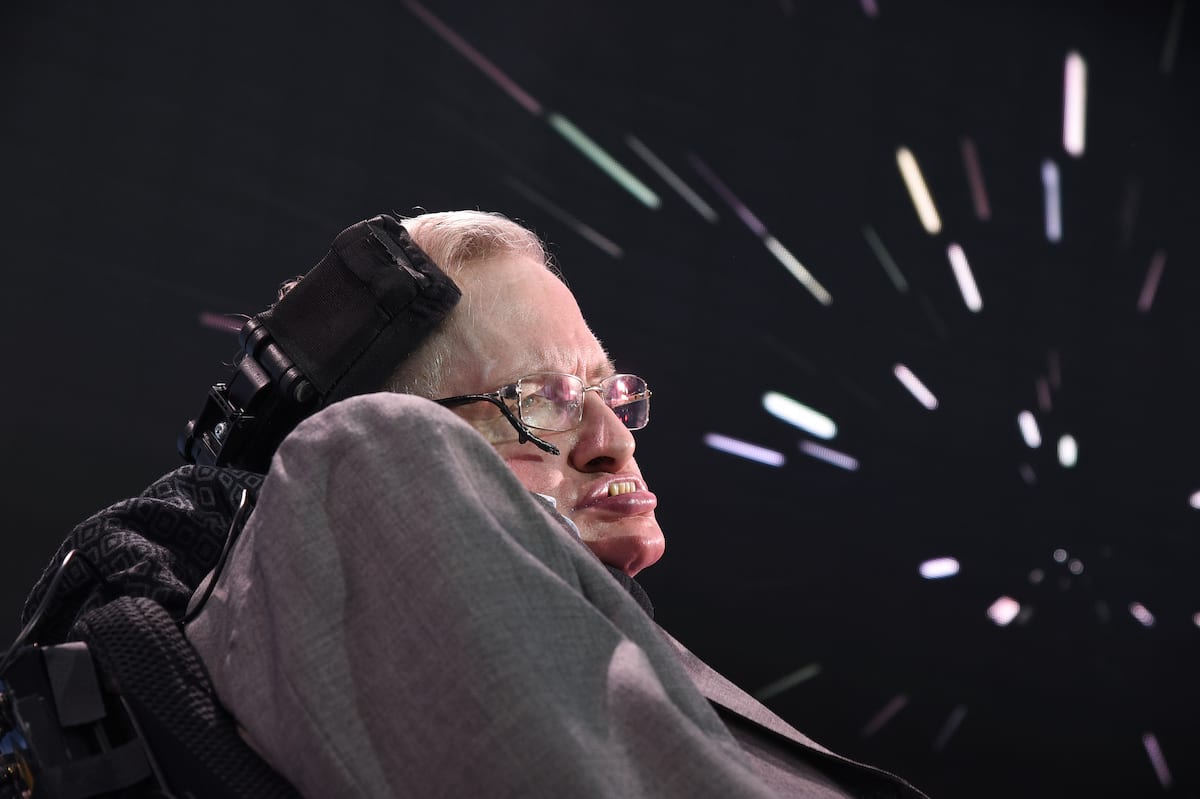 NASAs Stephen Hawking Tweet Perfectly Sums Up How The World Is Feeling Right Now stephen hawking