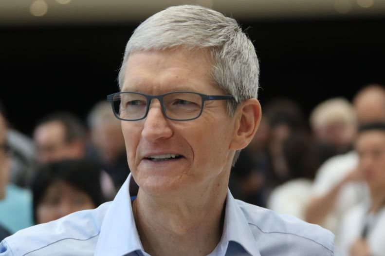 iPhone X Users Already Reporting Huge Problem tim cook