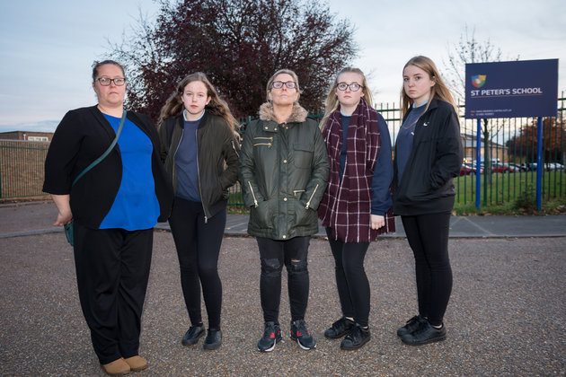 Girls Punished Because Their Trousers Are Distracting Teachers trousers2