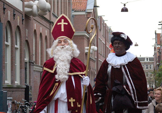 Blackface Christmas Tradition In The Netherlands Branded Racist Black Pete 2 Michell Zappa CC2