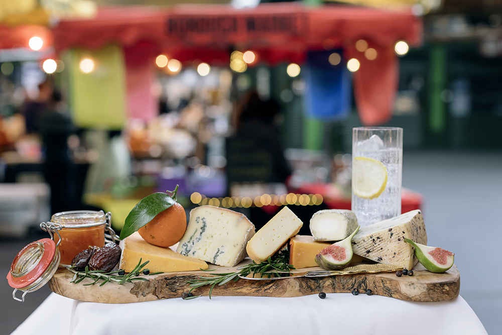 Borough Market Gin Soaked Cheese Is A Christmas Board Must BoroughMarket2017 Gili 3131 resize