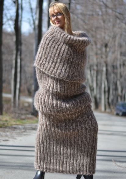 Scarf That Makes People Look Like Giant Sock Goes On Sale Capture 5665