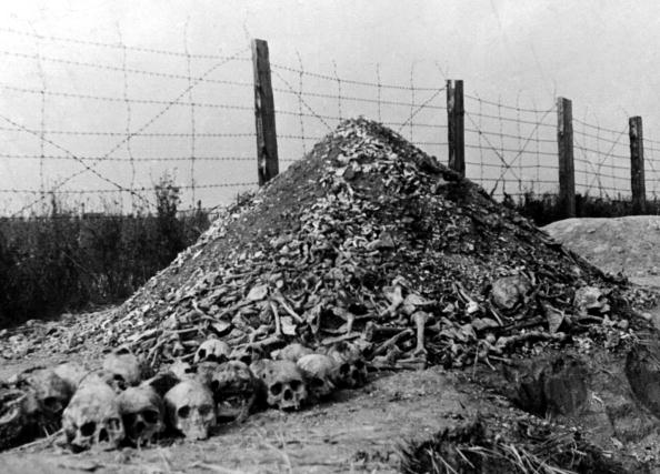 Auschwitz Prisoners Notes From Hell Finally Deciphered GettyImages 51400546