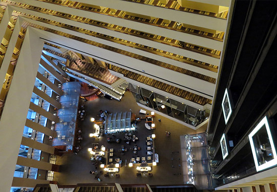 Police Shocked At Discovery Inside Drunk Hotel Guests Room Overlooking NYE Party HyattRegencyFlickr Daniel Lobo