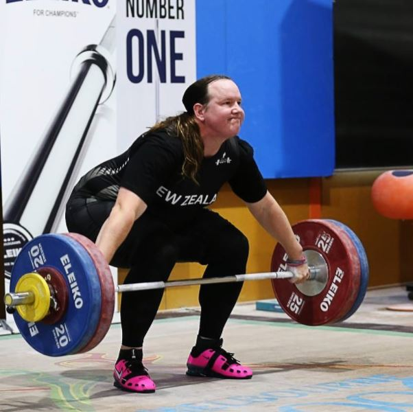 Transgender Weightlifter Makes History By Winning Two Medals Laurel Hubbard 1