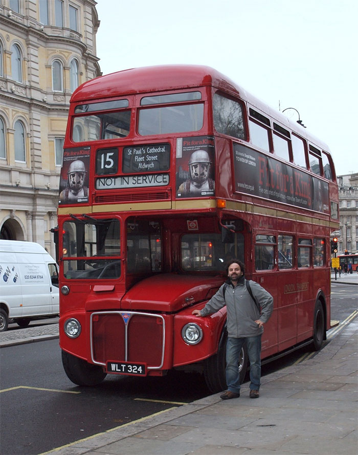 Heres Why Buses Make That Weird Hissing Sound When They Stop London Bus 1
