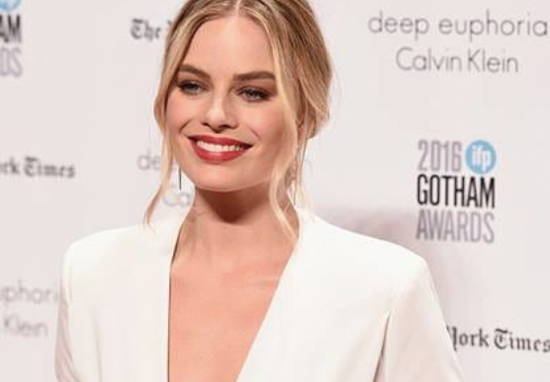 Margot Robbie Reveals Huge Problem She Had With Wolf Of Wall Street Margot Robbie A