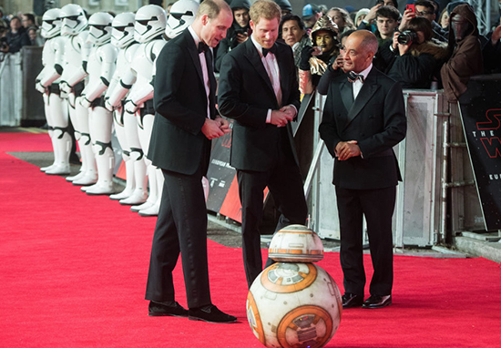 BB 8 Bowed To Prince William And Harry At Star Wars Premiere Princes Star Wars A