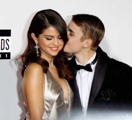Selena Gomez Mum Hospitalised After Finding Out Shes Back With Justin Bieber Screen Shot 2017 12 19 at 12.34.35
