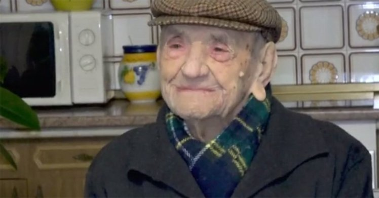 Worlds Oldest Man Says Drinking Wine Is Key To Long Life antena 3
