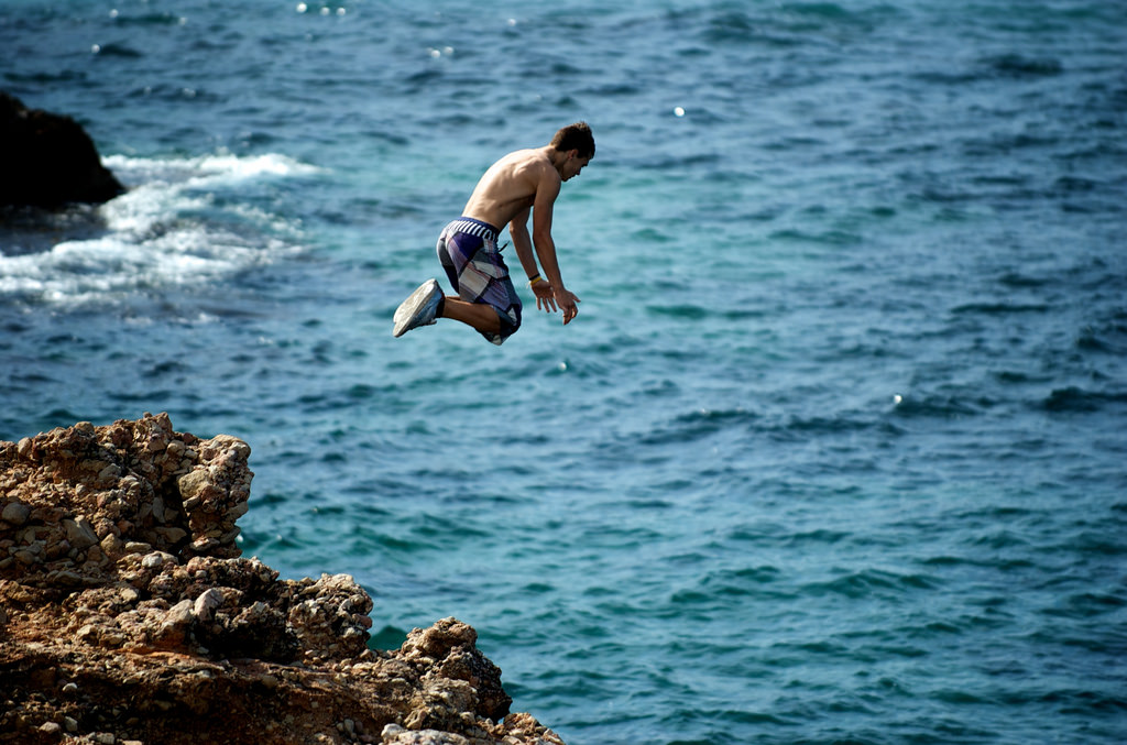 Guy Jumps Off 50ft Cliff Without Looking, Massively Backfires cliff jumping 1