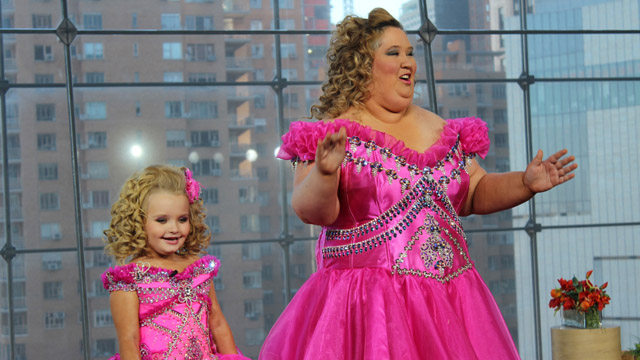 Mama June Has Lost 300lbs And Is Now Posing In Lingerie f7166427f80232274a2fab6f8dd7c049