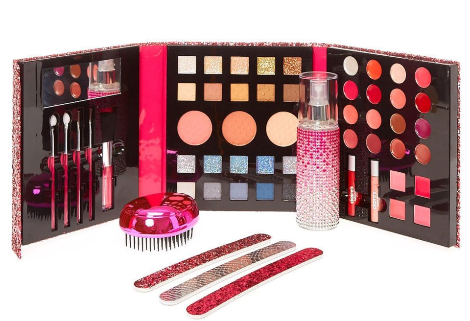 Claires Accessories Urgently Recalls Make Up After Testing Positive For Asbestos nintchdbpict000375255590 e1514548663419 1