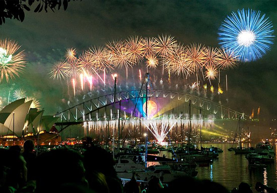 New Zealand First To Celebrate 2018 With Spectacular Fireworks sydney new year 2008 Author Linh rOm flickr 2